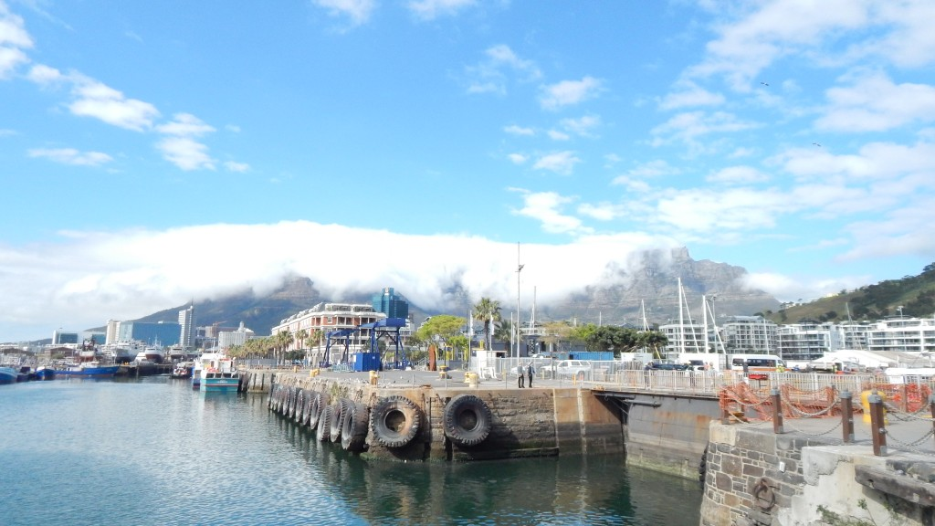 A look at Table Mountain from V&A Wharf